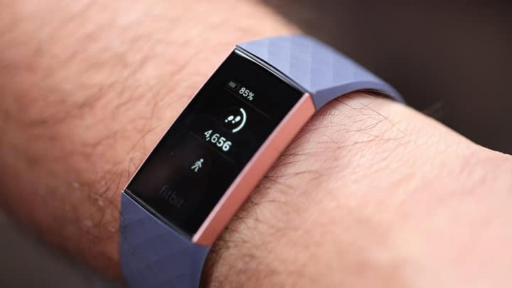 Fitbit Versa 2 vs. Fitbit Charge 3